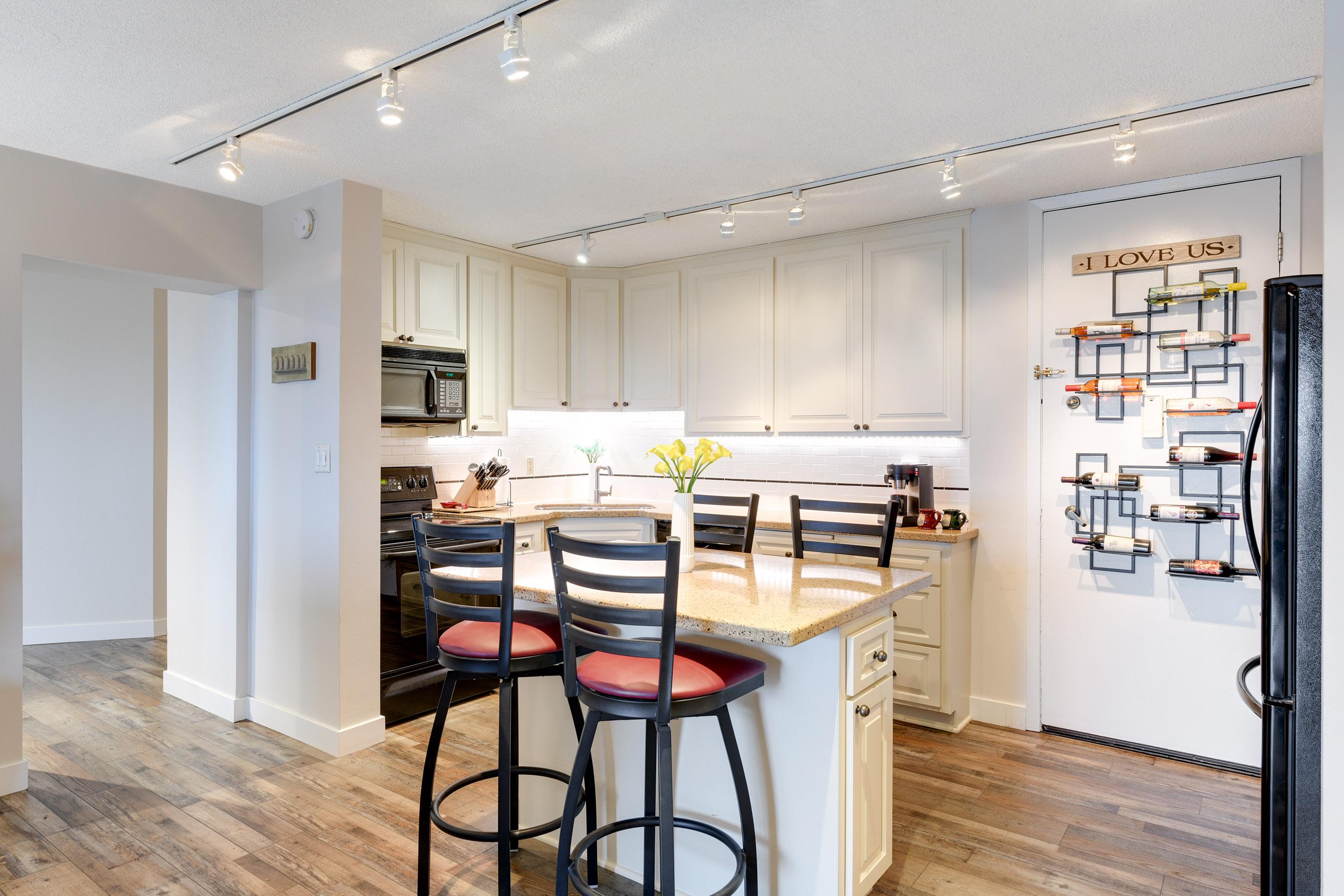 Center-Island Kitchen